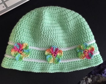 Girls hat with flowers