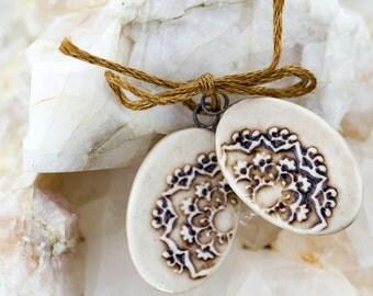 Oval mandala porcelain pendants|Iron wash and clear glaze