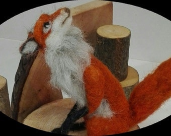 Needle felted fox of the forest, red fox, felted forest animal, felted animal, felted fox, woodland animal, felted wood animal