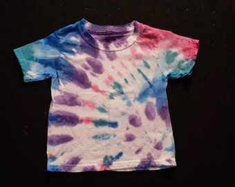 kid's tie dye shirt