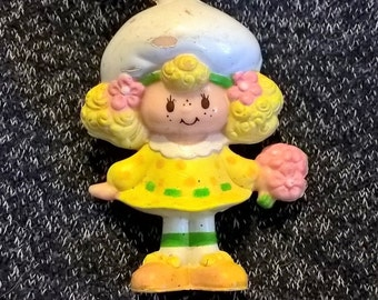 Friend of Strawberry Shortcake, Lemon Meringue mini figure c 1981, American Greetings Company