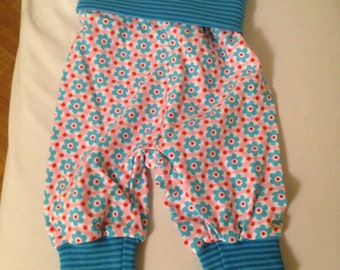 Baby bloomers in Gr. 74