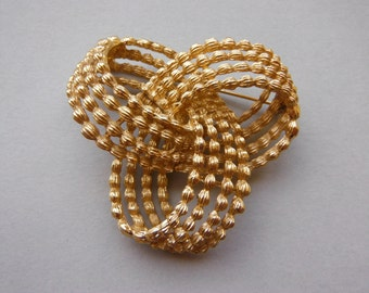 Vintage Textured Gold Tone Infinity Knot Statement Brooch