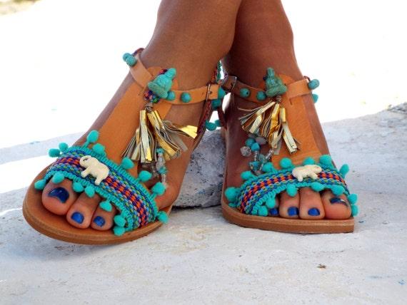 sandalen met pom pom sandalen blauwe lederen sandalen boho. Black Bedroom Furniture Sets. Home Design Ideas