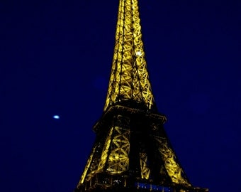 Night Falls Over the Eiffel Tower