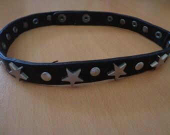 Leather chocker