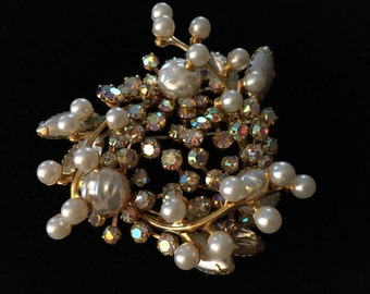 Vintage Brooch, Goldtone, Pearlike, Goldish Clear Crystals