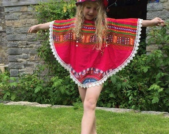 Little girls beach poncho with matching hat, colourful leightweight fabric girls beachwear top & swimwear cover up, girls beach Clothes tops