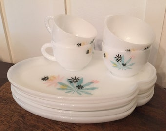 Vintage Aqua and Pink Federal Glass Four Piece Place Setting   Milk Glass Snack Luncheon Set