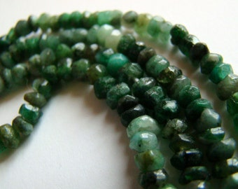 "Shaded Untreated Natural Grade A Emerald Hand Cut 3.5mm to 4mm Rondelle 7"" Strand"