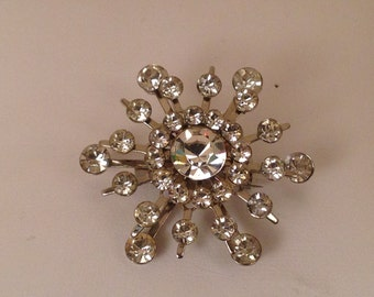 Vintage Juliana DeLizza & Elster Clear Rhinestone Snowflake Brooch