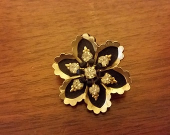 Vintage Black and Gold Flower Pin