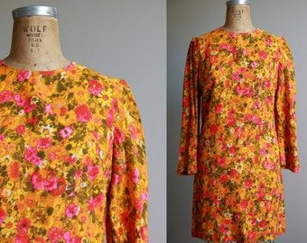 1970s Vibrant Graphic Floral Print Shift Dress - Small