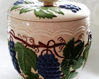 Arnels Cookie Jar Grapevine Design Signed Arnels Pottery Purple Grapes Green Leaves 1950's Lg Pottery Cookie Jar Wine Grape Lover Gift SALE