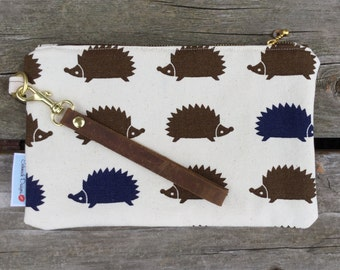 Hedgehog Wristlet with detachable strap