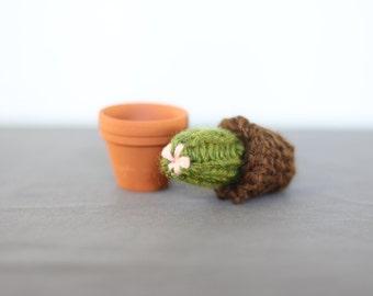 Tiny Hand Knit Cactus in a Tiny Terracotta Pot 004