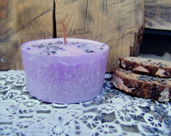 Lavender candle. Palm wax candle. Lavender scented candle. Pillar candle. Handmade candle. Vegan candle. Organic candle. Purple candle.