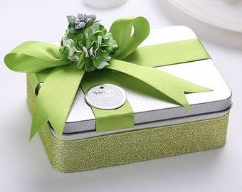 Green Wedding Favour Tin Box