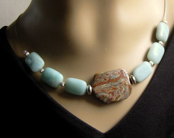 Very chic necklace from Mookait with Amazonite
