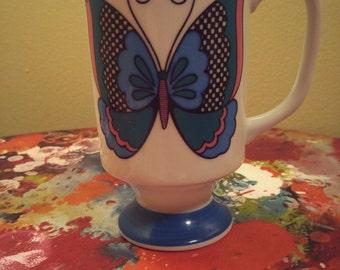 Vintage Retro Butterfly Smug Mug Arnart Pedestal Coffee Cup