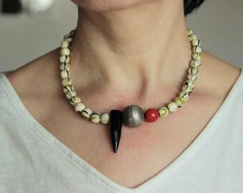 Ceramic necklace/ collar de cerámica