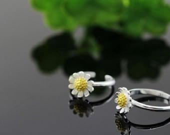 sterling silver daisy ring, daisy flower ring, gold daisy ring, gold daisy flower ring, gold flower ring, flower ring, daisy flower