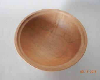 Basic maple bowl