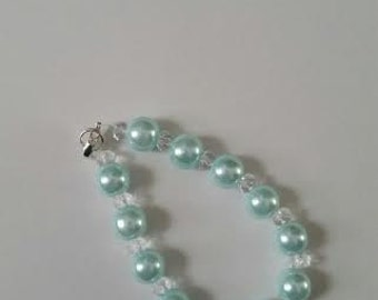 "Light sea foam green ""pearl"" bracelet"