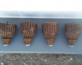 Set of 4 dresser round legs, made by Drexel Heritage
