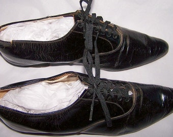 Women's Low Heel Tie Black Shoes