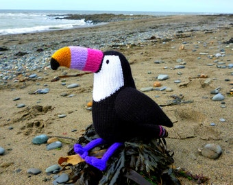 Graham the toucan toy knitting pattern PDF instant download