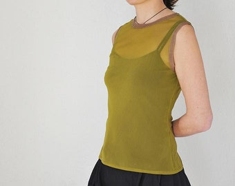 Sleeveless Green Tulle top / Top sin manga verde acido en Tulle / Top senza maniche verde acido in Tulle