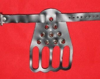 Leather and Spike 4 Finger Hand Guard Buckle Adjustment Goth Punk Rock Biker Metal BDSM Slave Dominant 12I2