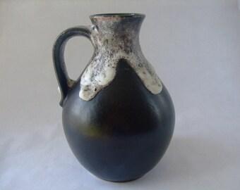 Bay West German Fat Lava vase 71-17
