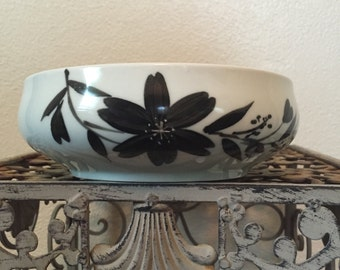 Vintage Japanese Nesting Bowl Set