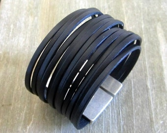 Men 40MM magnetic silver plated clasp, black leather Cuff Bracelet