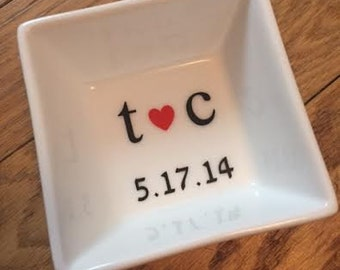 Customized Wedding Date Ring Dish, Jewelry Holder with Initials