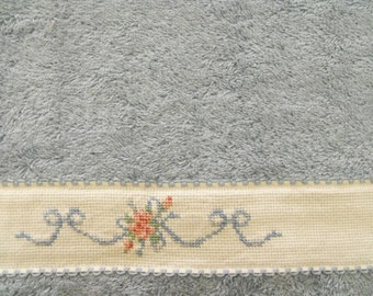 Brand new cross stitch hand towel-blue-white aida-bows & flowers-great gift for mothers day-housewarming-birthday-wedding