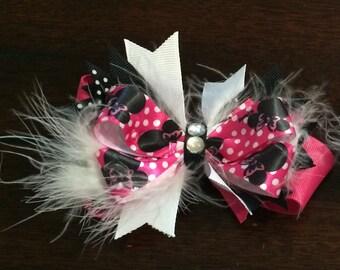 Minnie Mouse bowtique bow