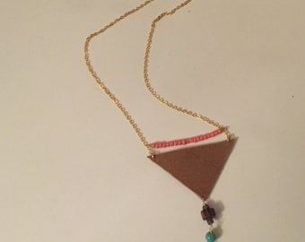 Long boho necklace with leather and beads