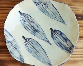 "Plate ""Leaves"""
