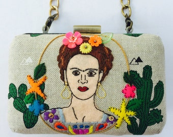 Frida Clutch Purse, Beige Clutch, Floral Clutch, Evening Bag, Small Purse, Small Handbags, Floral Handbag, Embroidered Clutch, Clutch Bags