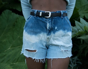 The bleached high wasted shorts