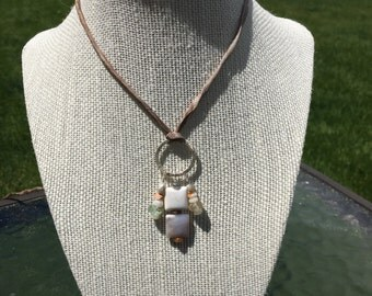 Boho Agate Necklace Sand and Trees