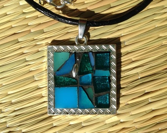 Turquoise Necklace/Turquoise Mosaic Necklace/Turquoise Pendant Necklace/Mixed Media Jewelry/Gifts for Her/Gifgts for Mom/Gifts under 40/P60