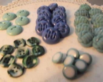Lot of  Vintage Plastic Buttons