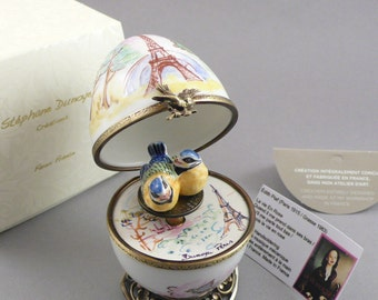 So Romantic! Handpaint Limoges french music egg. The Eiffel Tower. Life in pink. Edith Piaf.