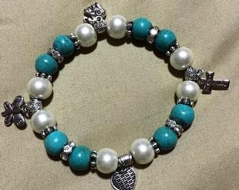 Charm beaded bracelet