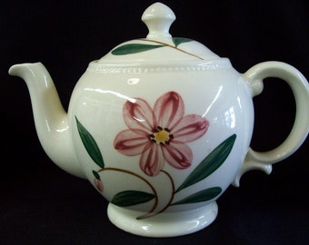 Vintage Shawnee Pottery Teapot