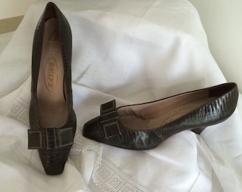 Oh My! 1950s Ladies Snakeskin Court Shoes Carnaby Steet Couture Classic Mod Margate Chic